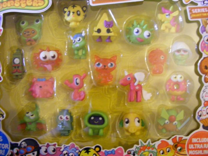 BN MOSHI MONSTERS ULTIMATE FIGURES COLLECTION SERIES 1 INC ULTRA RARE MOSHLINGS (1a)